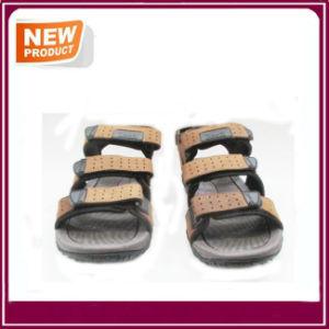 Men′s Rubber Sandal Comfortable Beach Shoes pictures & photos