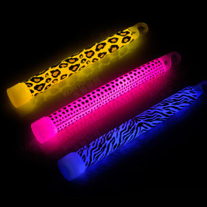 2015 Promotion Brand and Printing Glow Stick (DBK15150) pictures & photos