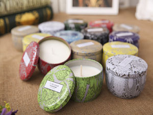 Unique Scented High-End New Design Tin Candle for Holiday pictures & photos