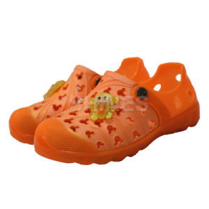 Orange EVA Garden Shoes with Monkey Ornament for Children pictures & photos