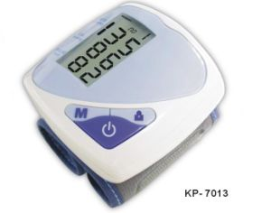 Wrist Watch Kp-7013 Blood Pressure Monitor Supply OEM ODM Ce Certificated pictures & photos