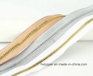 Top Quality Long Chain Shiny Gold Teeth No. 5 Plastic Zipper