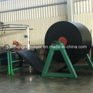 Oil and Gas Flame Resistant Conveyor Belt / Conveying Belt pictures & photos