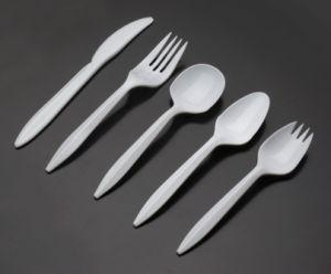 White Color Set of 5 PCS Disposable Plastic PP Tableware pictures & photos