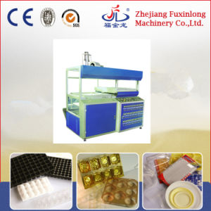 Single Staion Semi-Auto Vacuum Machine for Fruit Conainer pictures & photos