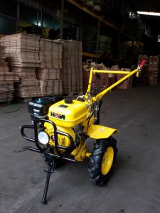 7HP Gasoline CE Power Tiller for Russia, Belarus, India pictures & photos