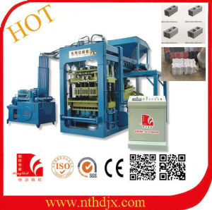 Factory Sale Cheap Cement Brick Making Machine Price in India (QT6-15) pictures & photos
