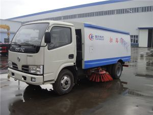 Hot Sale 3 Tons China Dongfeng Dust Sweeper pictures & photos