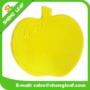 Fruit Apple Shape Custom Logo Rubber Soft PVC Mat (SLF-AP011) pictures & photos