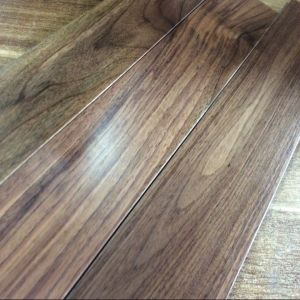 Foshan UV Lacquered American Walnut Wood Flooring pictures & photos