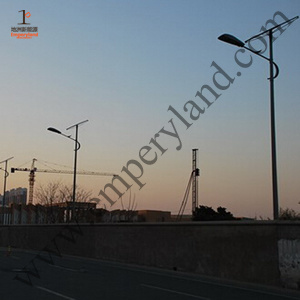 10m 70W LED Solar Street Light (DZS-10-70W) pictures & photos