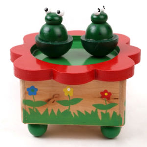 Hot New Product for 2015 Kids Wooden Music Box, Popular Children Wooden Toy Music Box, High Quality Baby Wooden Music Box W07b004 pictures & photos