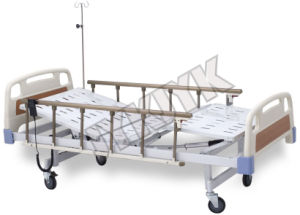Coated Steel Two Cranks Hospital Bed pictures & photos
