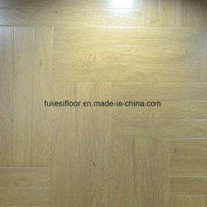 Herringbone Laminate Flooring pictures & photos
