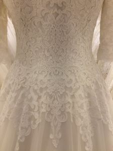 2017 3/4 Sleeve Lace Wedding Dress (Cathedral Train) pictures & photos