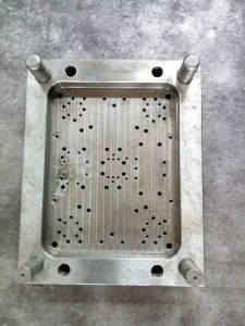 High Precision Plastic Injection Mould for Model pictures & photos