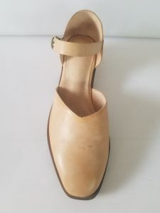Lady Waxed Leahter Hollow Flat Head and Square Heel Restoring Ancient Ways with Leisure Sandals pictures & photos
