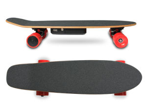 $118 4.4ah Dual Hub Motor Electric Mini Skateboard pictures & photos