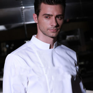 OEM Supply Type Clothing Hotel Uniform Design Chef Uniforms pictures & photos