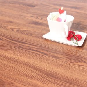 Oak Wood Grain Vinyl Click Lvt Flooring pictures & photos