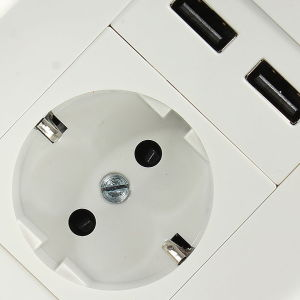 Wall Charger Adapter EU Plug Socket Power Outlet pictures & photos