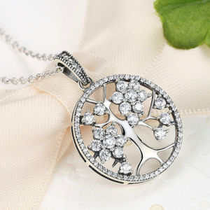 Classic 925 Sterling Silver Tree of Life Pendant Necklaces pictures & photos