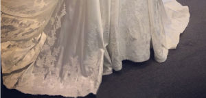 China Design A-Line Satin Applique Full Lace Sleeves Wedding Bridal Dress pictures & photos