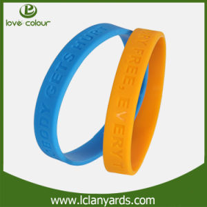 Customized Silicone Bracelet Power Band for Sport/Party pictures & photos