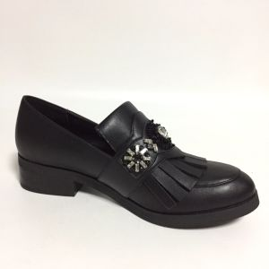 Fashion Lady Jewels Tassel Women Casual Flat Footwear (CIF&DDP) pictures & photos