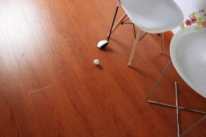 8mm / 12mm Thickness Brown Laminate Flooring pictures & photos
