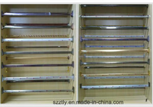 Customized Electrophoresis Champagne Aluminum Tube Profile for Wardrobe Holders pictures & photos