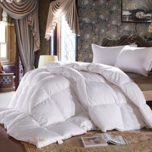 White Duck Down Filling Cotton Fabric Bedding Quilt pictures & photos