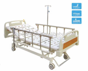 AG-Bm107 Central Braking System Hospital Electric Patient Bed pictures & photos