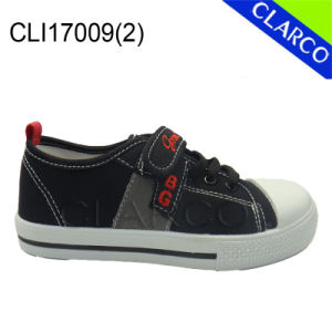Boys Canvas Sports Vulcanized Sneaker Shoes with Injection Outsole pictures & photos