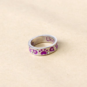 "Dog Cat Paw Print Ring ""Unconditional Love"" Metal Alloy Ring Silver pictures & photos"