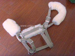 Sheepskin Horse Halter (MUMA-34336) pictures & photos