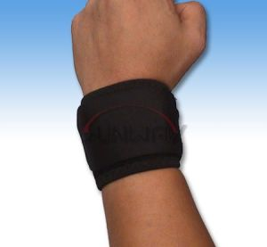 Comfortable Neoprene Wrist Support with Hook & Loop (NS0010) pictures & photos