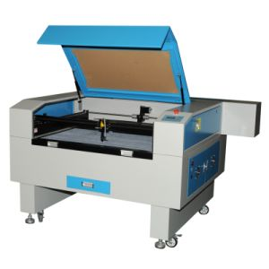 CO2 Laser Cutting and Engraving Machine for Fabric Leather Jeans Paper pictures & photos
