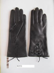 Lady Fashion Leather Gloves (JYG-23002) pictures & photos