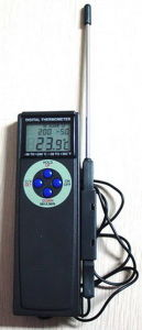 Hand Held Digital Alarm Thermometer AMT-112 pictures & photos