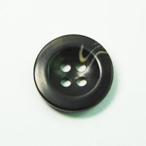 Hot Seller Fashion Garment Accessories Resin Polyester Button European Standard pictures & photos