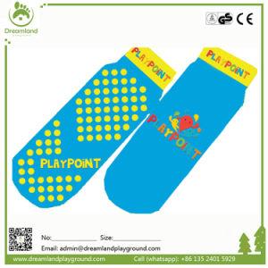 Bulk Popular Wholesale Custom Non-Slip Trampoline Socks pictures & photos