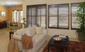 Wood or PVC Shutter Manufacturer with Elegant Design pictures & photos