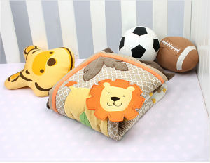 Bed Sheet Patchwork Quilt with Elephant Lion Design Cool for Baby pictures & photos