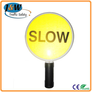 China Manufactory Low Price Slow Solar Road Traffic Sign pictures & photos