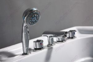 Jacuzzi Bathtub (CL-330) pictures & photos