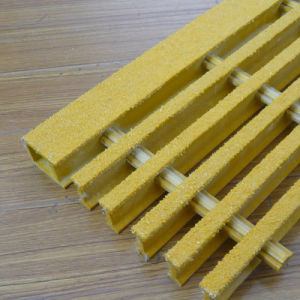 Grating/ FRP/GRP/Fiberglass Reinforced Plastic Grating pictures & photos