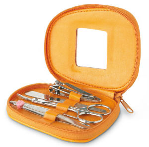 Personal Care Set Manicure Pedicure Set pictures & photos