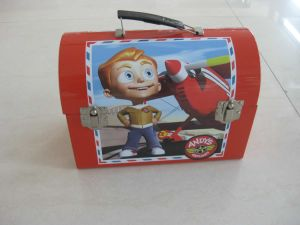 Treasure Chest Tin Lunch Box with Handle pictures & photos