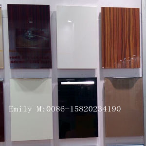 18mm Custom Made Kitchen Cabinet Door (ZHUV factory) pictures & photos